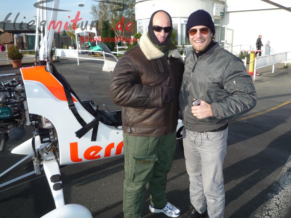 Wer kennt ihn nicht! Gyrocopter Rundflug mit Henning Baum ...